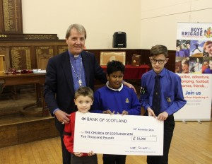 moderator-with-cheque